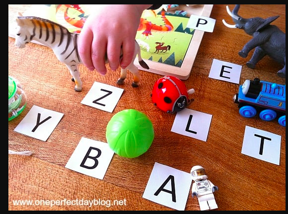 Learning game - Alphabet matching with Toys